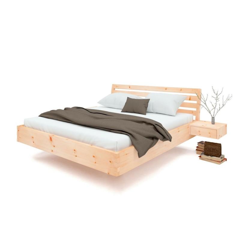 Arvenbett mit Querleistenoptik und schwebenden Nachtkästchen. Metallfrei und Qualitätsarbeit